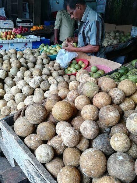 srilanka_fruits_04.jpg